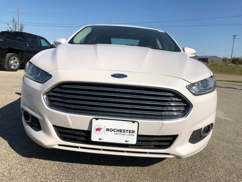 Used 2016 Ford Fusion SE with VIN 3FA6P0HD5GR322355 for sale in Rochester, Minnesota